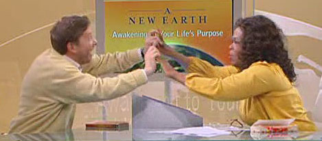 Eckhart and Oprah high 5 at the end of 8