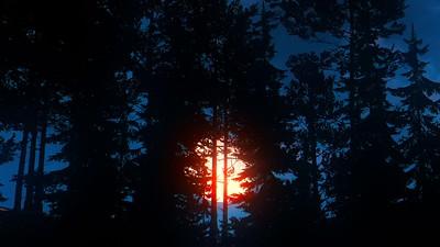 Crimson Sunset by Enot91